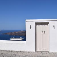 Arrival to Santorini