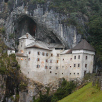 Day trip to Postoina caves and Predjama castle